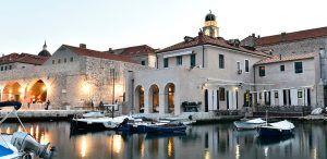 Fresh Food Restaurant Dubrovnik