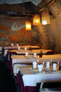 restaurant in zaton
